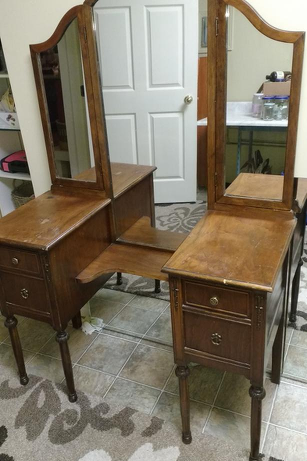 Espresso Antique Vanity