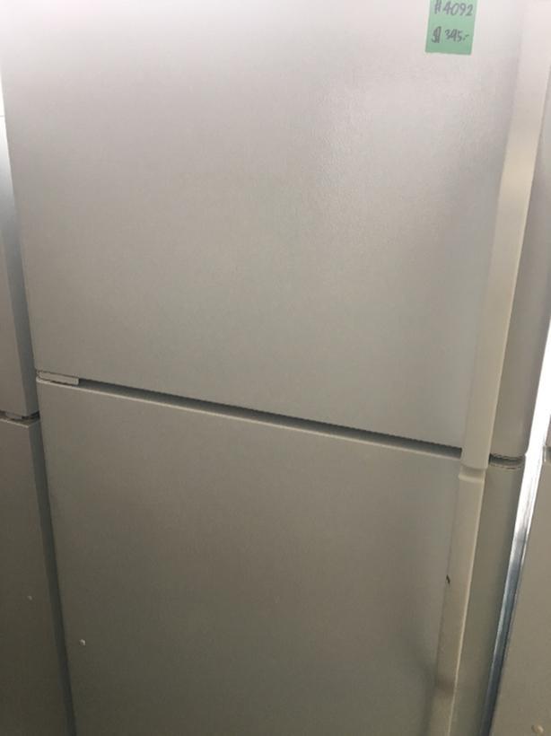 GE Top Freezer (#4092)