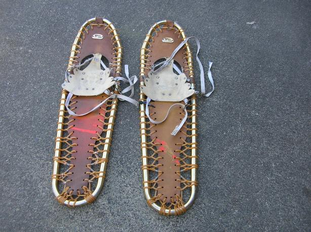Sherpa Snow Claw Snowshoes  (258 0702)