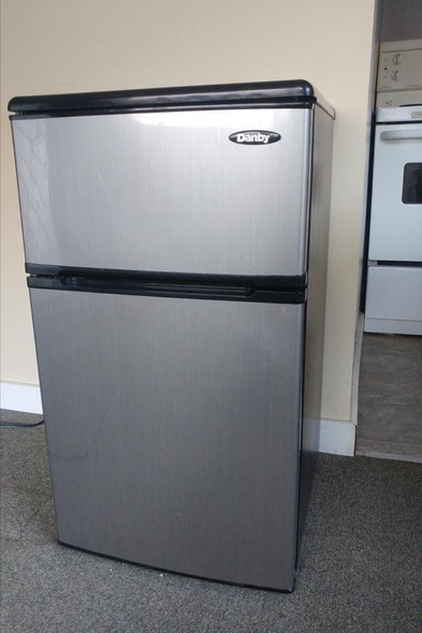 3.1 Litre Mini Fridge with Independent Freezer