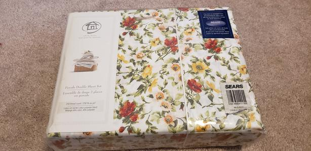 Brand New Percale Double Bed Sheet Set