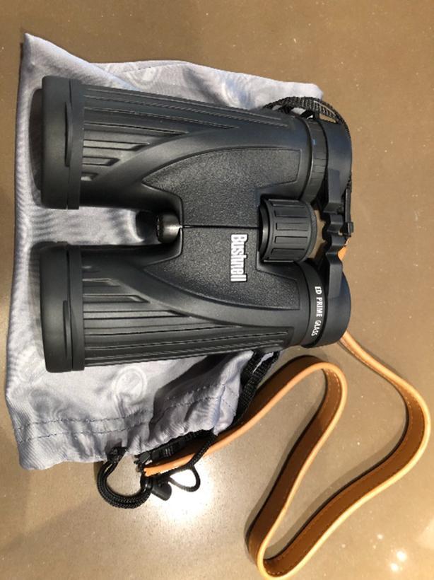 New Bushnell Legend Ultra HD 10x 42mm Roof Prism Binocular