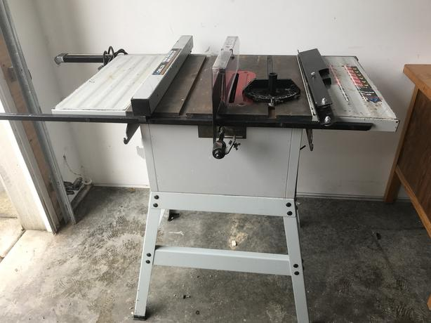 Delta 10 in Tablesaw Model #36-390C Preowned, Good condition