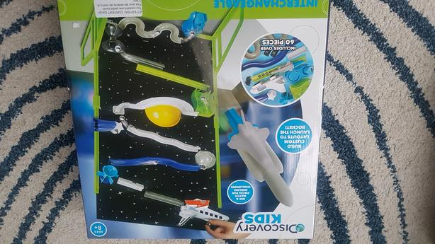 Discovery kids space lab/marble run / nib