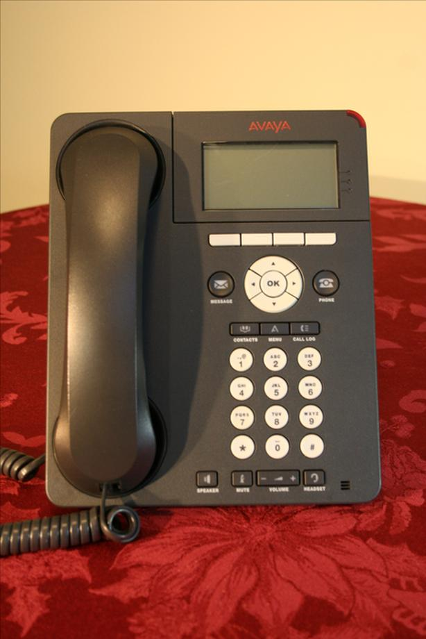 Avaya 9620L IP Telephone