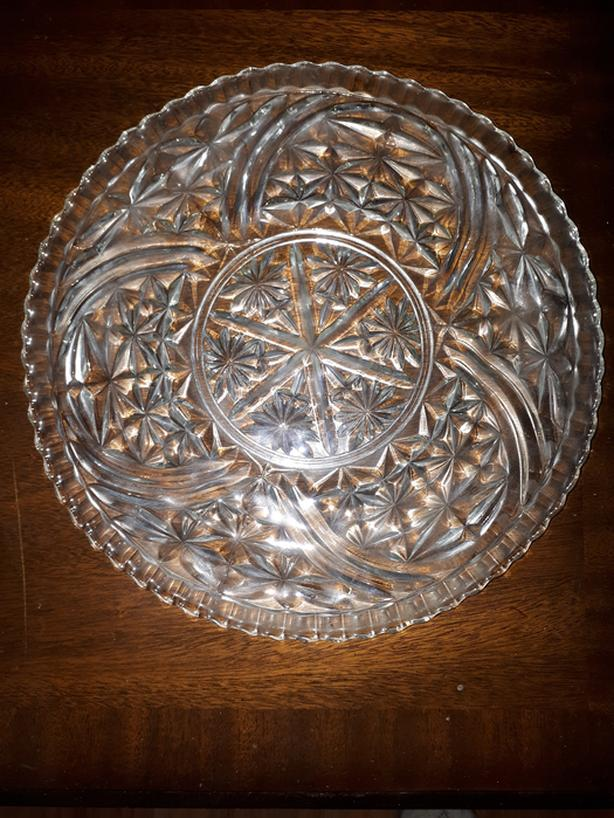 PATTERN ROUND CAKE PLATE PLATTER 12.5 INCHES