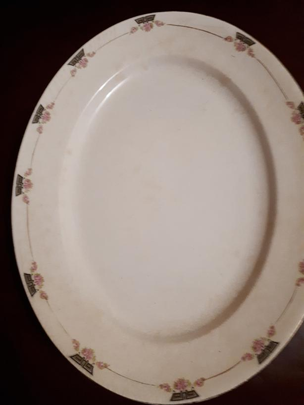 GIANT WEDGEWOOD PLATTER 16 X 13 Great for Thanksgiving or Christmas Turkey.