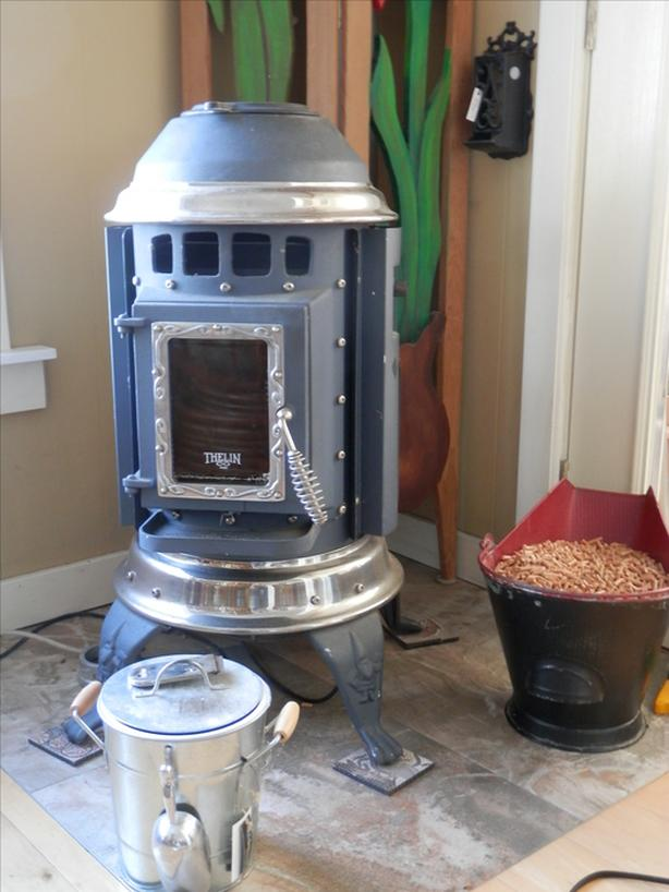Thelin Gnome Pellet Stove Ladysmith Cowichan Mobile