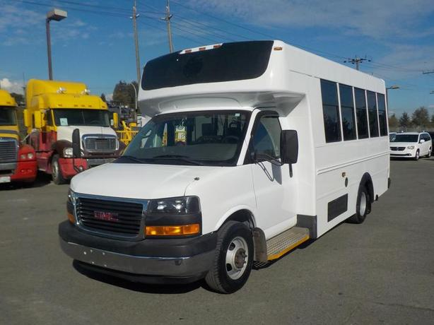 2008 GMC Savana G3500 13 Passenger Bus Diesel Wheelchair Accessible Lift with Se