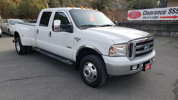 2005 Ford F350 XLT 4x4 Crew Cab Diesel Dually Truck * MONTH END SALE *