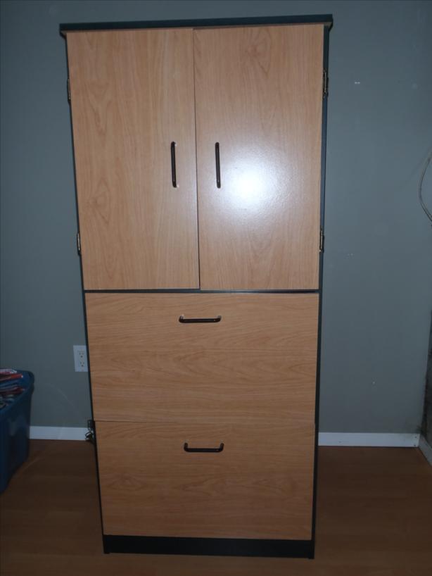 Filing Cabinet / Cupboard