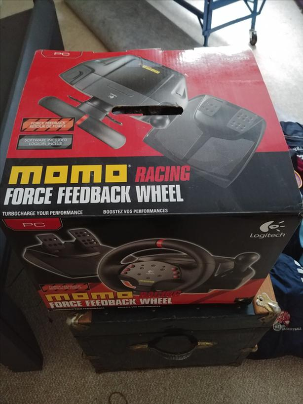 1d547cad726 Logitech Momo Force Feedback Racing Wheel and Pedals North Nanaimo ...