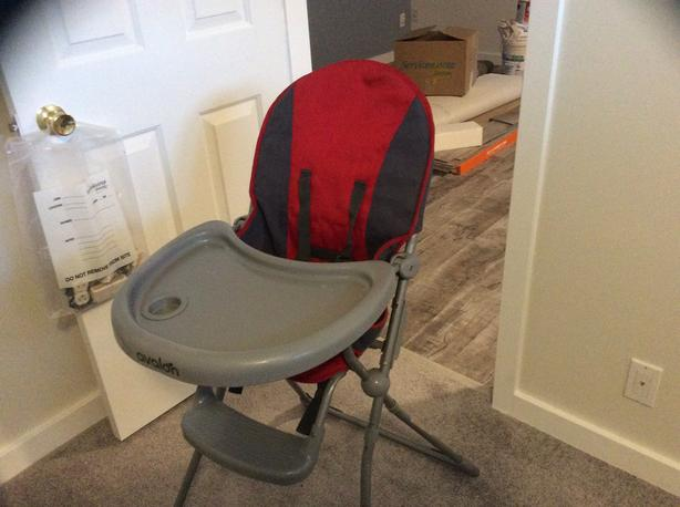 FREE:high chair
