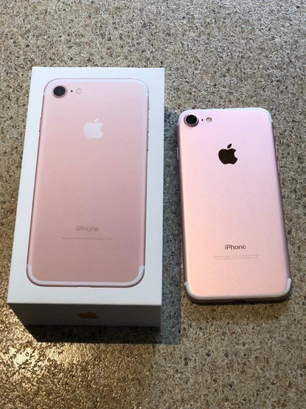 Rose Gold 32gb Iphone 7 UNLOCKED West Shore: Langford