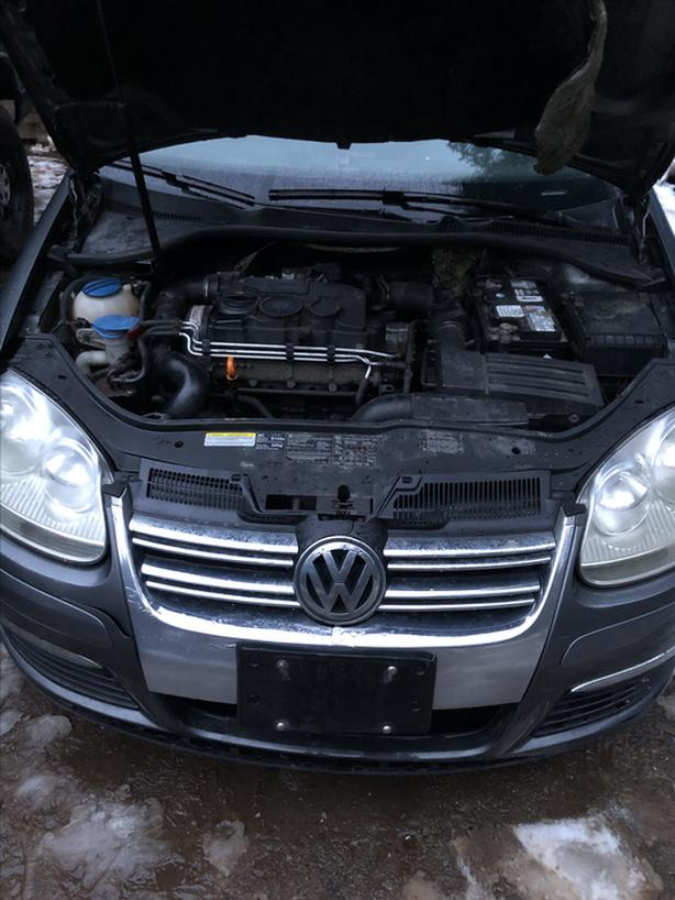 2006 VW Jetta tdi (fix up or parts)