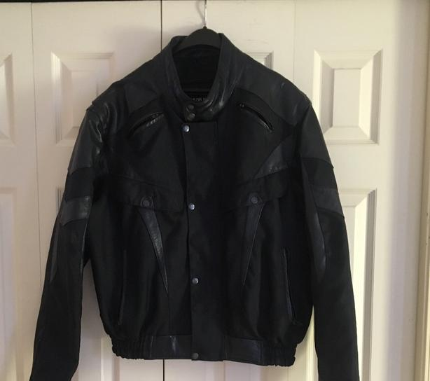 Mens Bazik Noir Collections Leather Motor Cycle Jacket Size Large