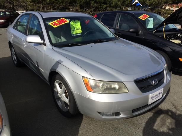 BLOW OUT SALE ON NOW 2008 Hyundai Sonata GLS Williams Colwood
