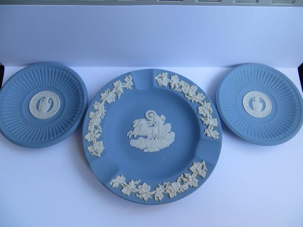 Wedgewood Blue Jasperware - Dishes and Book