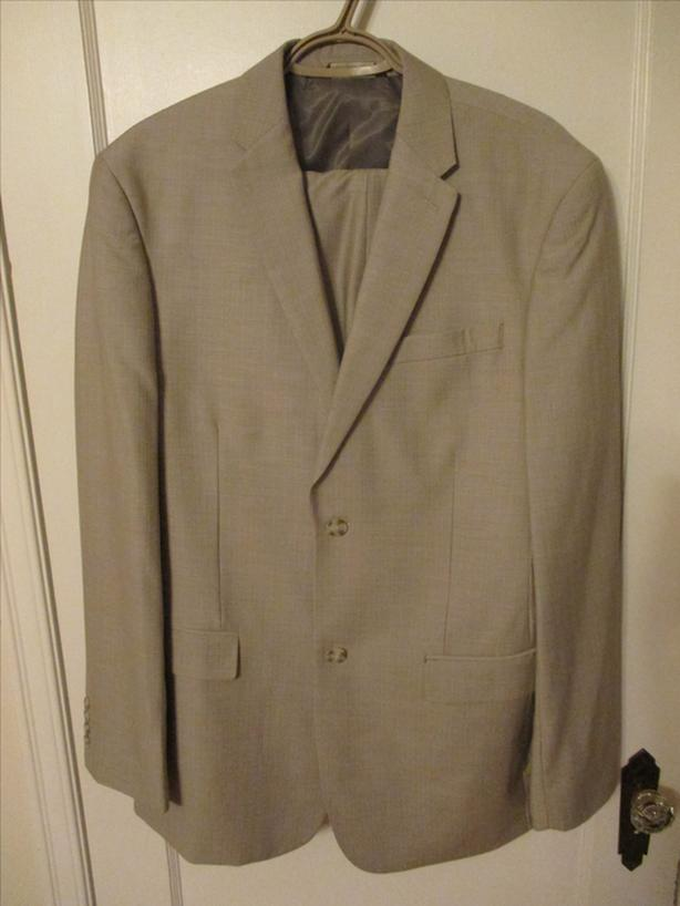 Men's 44 Regular Size Two Piece Suit