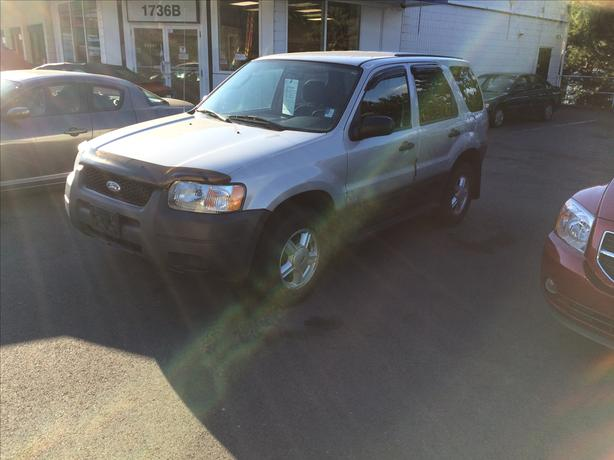 2003 Ford Escape 161k  Williams Colwood 778 265 8689