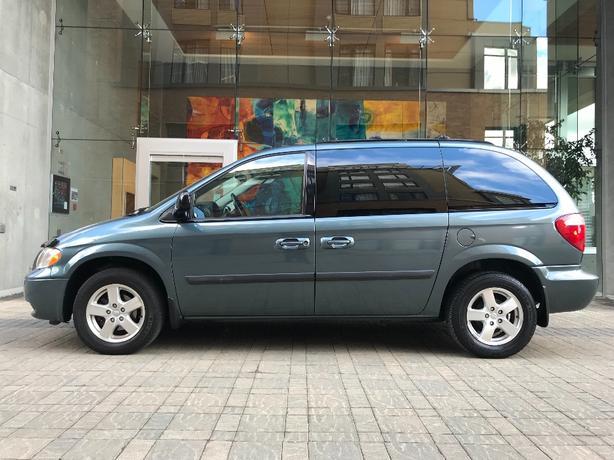 2007 Dodge Caravan SXT with only 124k