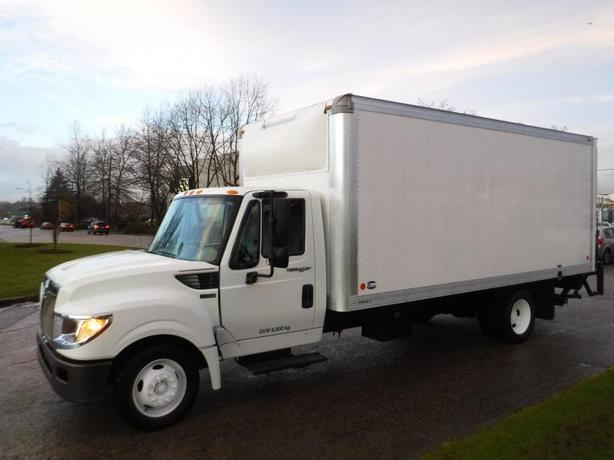 2014 International TerraStar 18 Foot Cube Van Diesel with Power Lift Tailgate