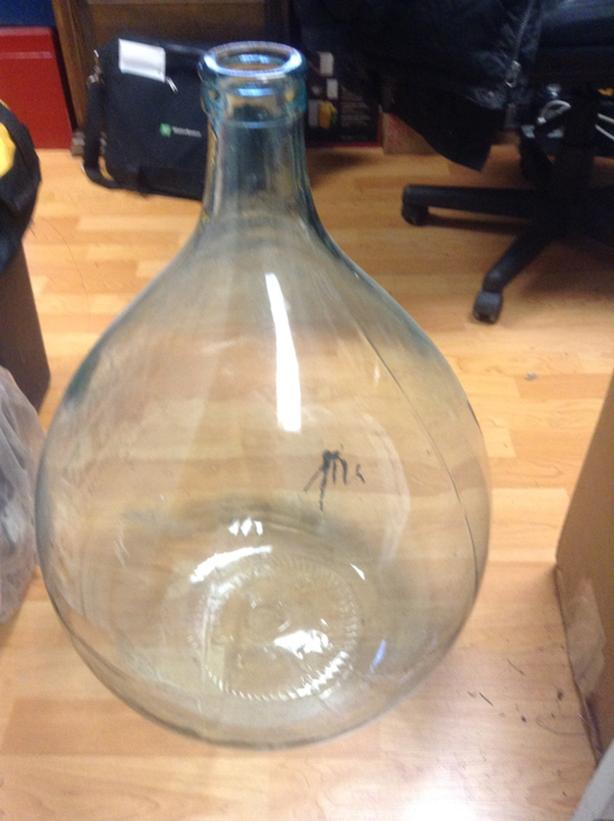 "Wine Carboy 16"" x 26"" nice piece. 54 Liter. Made in Italy!!!"