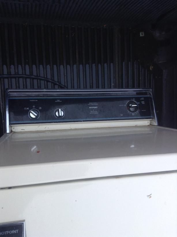 Hot Point Dryer FULL SIZED HEAVY DUTY.Works Great Full Size