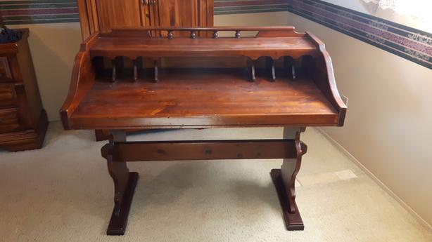 Solid Pine Trestle Desk