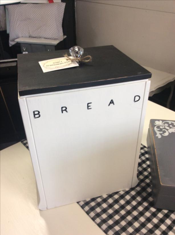 Super unique standing bread box