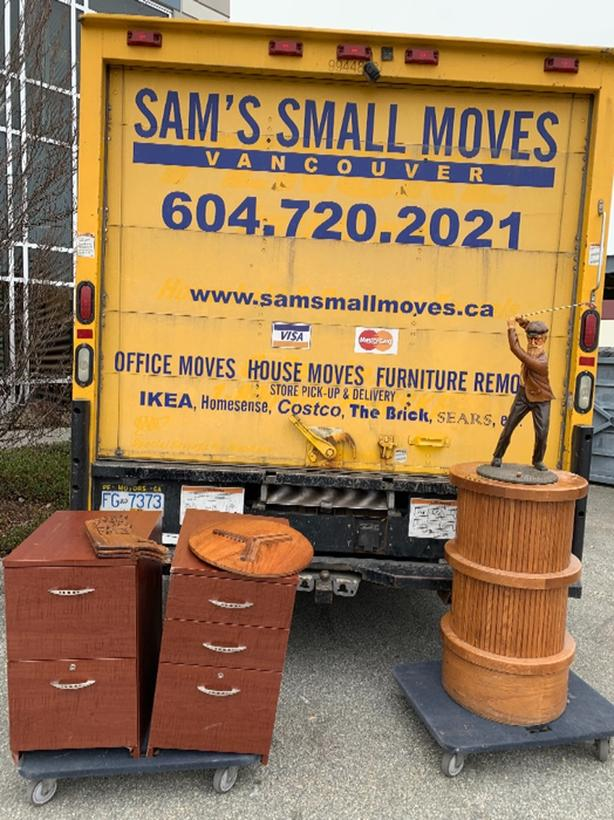 Got Junk? Entertainment Unit, Dresser, Desk, Sofa and Couch Removal (Vancouver)