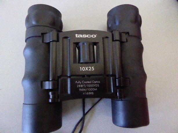 Tasco 10x25 BINNOCLARS