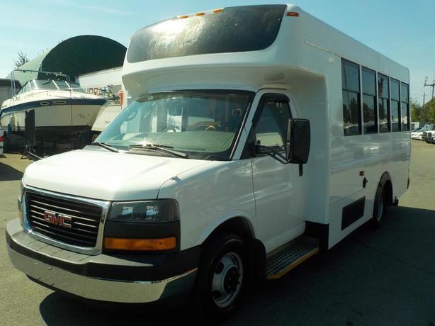 2008 GMC Savana G3500 13 Passenger Bus Diesel Wheelchair Accessible Lift with Se