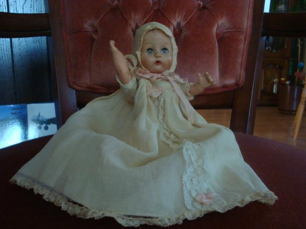 VINTAGE DOLL FROM THE 30'S-40'S