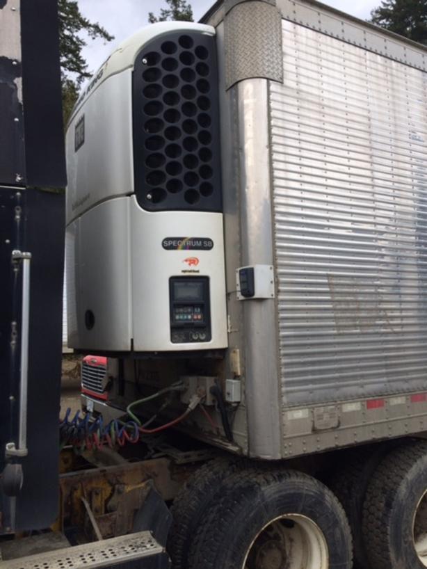 28 ft reefer trailer