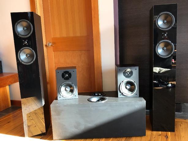 MAKE ME AN OFFER- Custom Rockford Fosgate Speakers and Sub