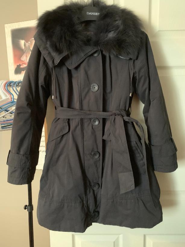 Ladies windy coat