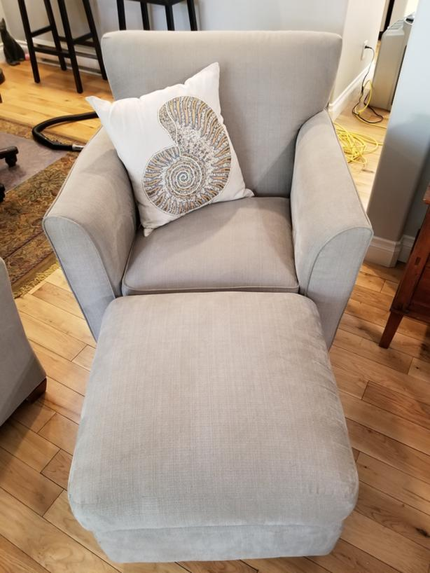 Custom Made Lazy Boy Chair With Ottoman Saanich Victoria