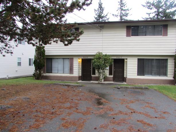 3955 Rock City Road Side by Side Duplex: 3 Bed 2 Bath in Departure Bay