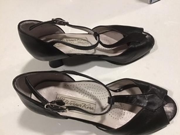 DANCE SHOES - LIGHTLY WORN - EXCELLENT CONDITION