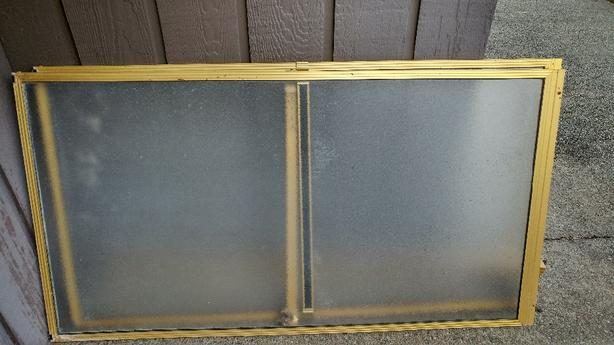 FREE: FREE shower doors
