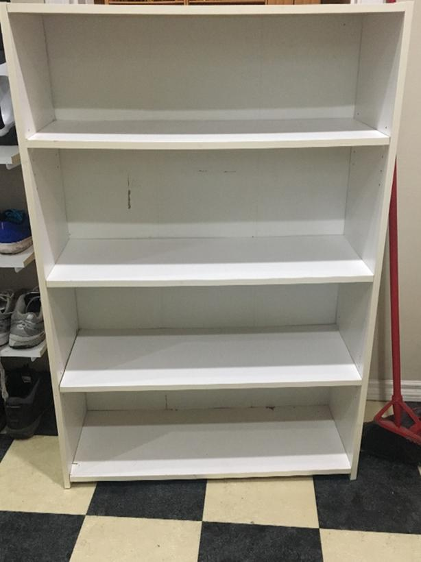 FREE: Four Shelves Small bookcase