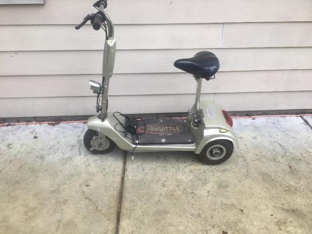 E-Shuttle scooter