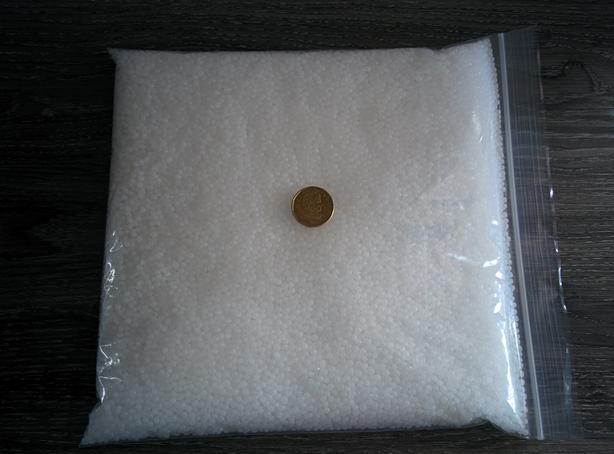 Plastic pellets 1 KG