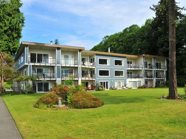 2 Bedroom Oceanfront Condo in Sooke!
