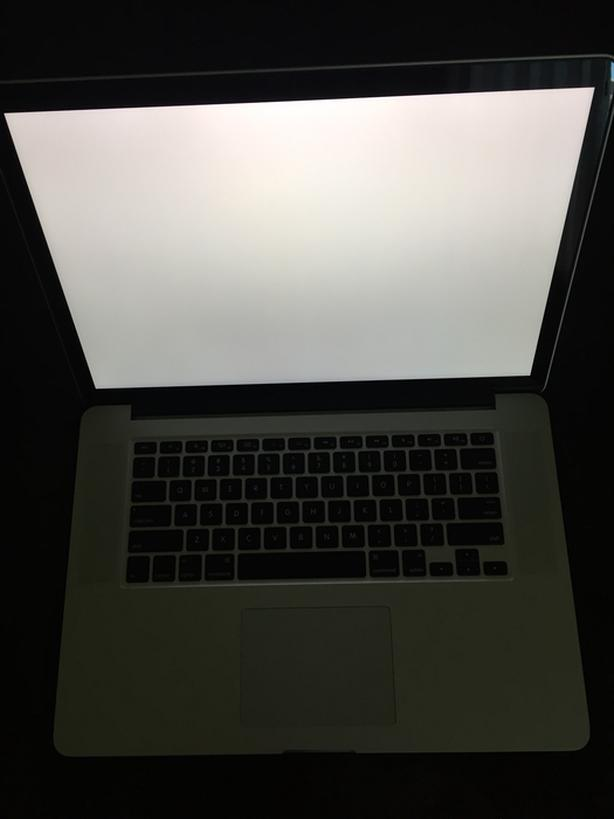 """Late 2013 Retina 15"""" MacBook Pro with 500 GB SSD, NEW LCD and 2GB video!"""