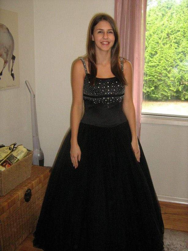Prom/Grad Gown (Stunning Black)