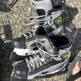 HOCKEY GEAR - ADULT SIZE MEDIUM EXCELLENT CONDITION