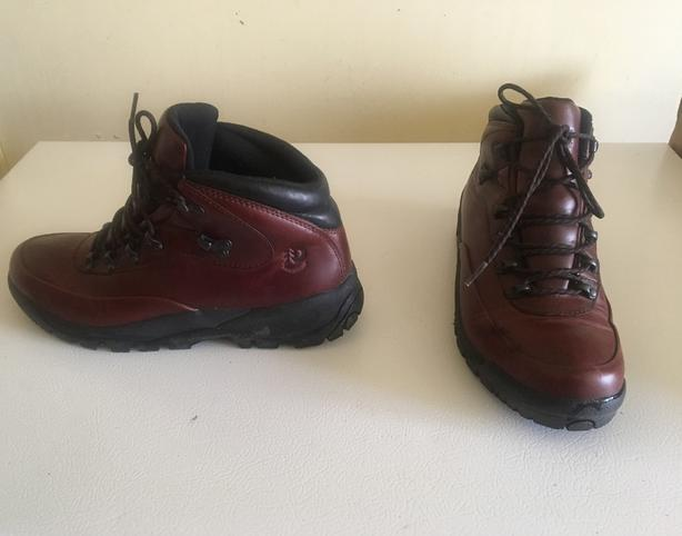 3862a7923710ce New Balance DUNHAM Leather Waterproof Hiking Walking Boots Ladies size 10