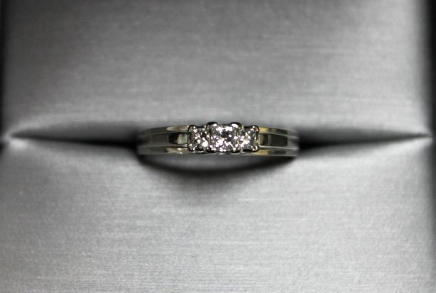 #158980-1 14K White Gold 3 Diamond Ring
